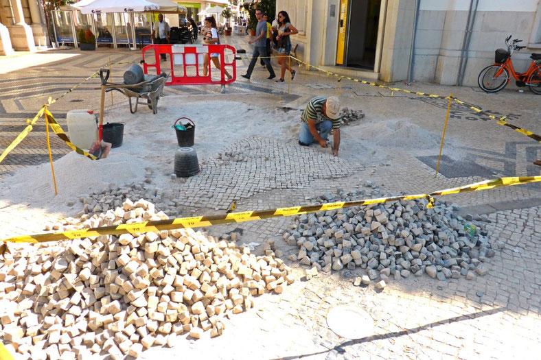 Fixing the footpath in Faro