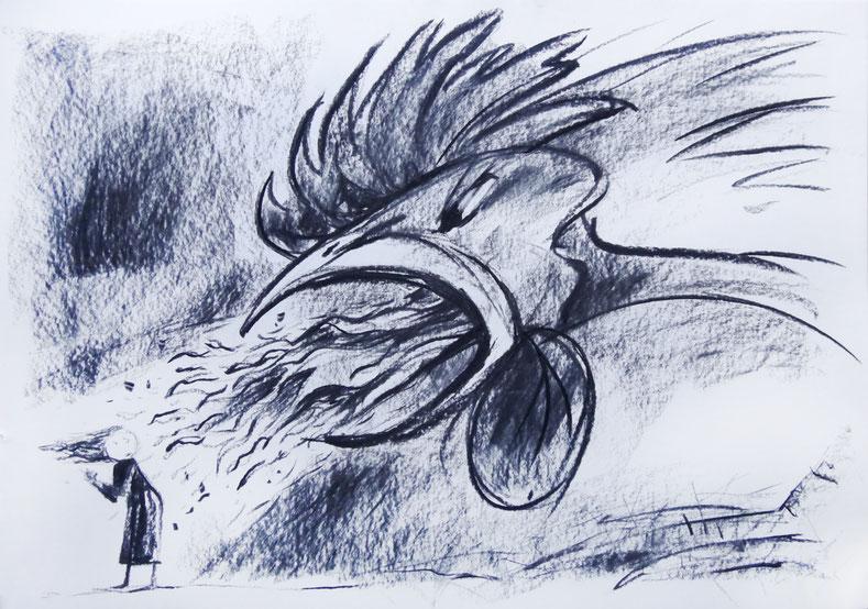 Ein Hahn spuckt Feuer, eine Frau/ein Mädchen steht abgewandt dazu mit Blick zum Hahn und wehendem Haar