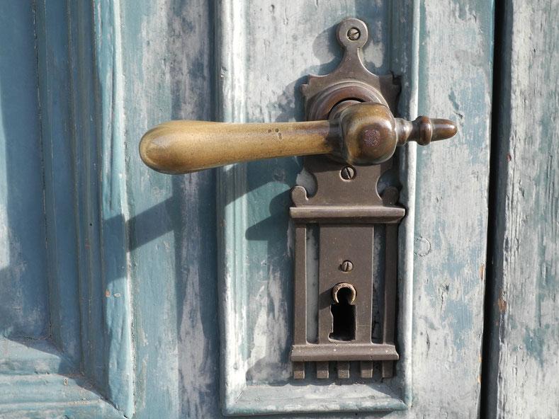Verschlossene Türen zu den Menschen öffnen und den Horizont erweitern