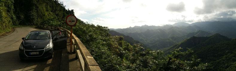Cuba sur els routes de montagne vers Baracoa