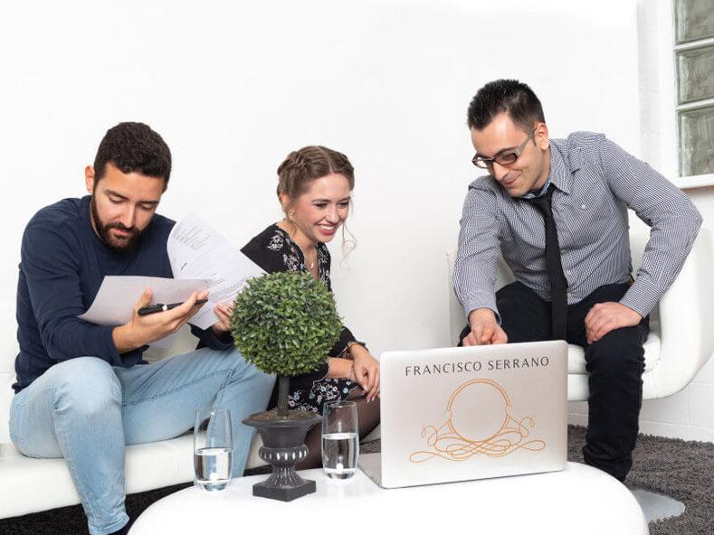 Das persönliche Gespräch mit den Hochzeits DJ Francisco Serrano.