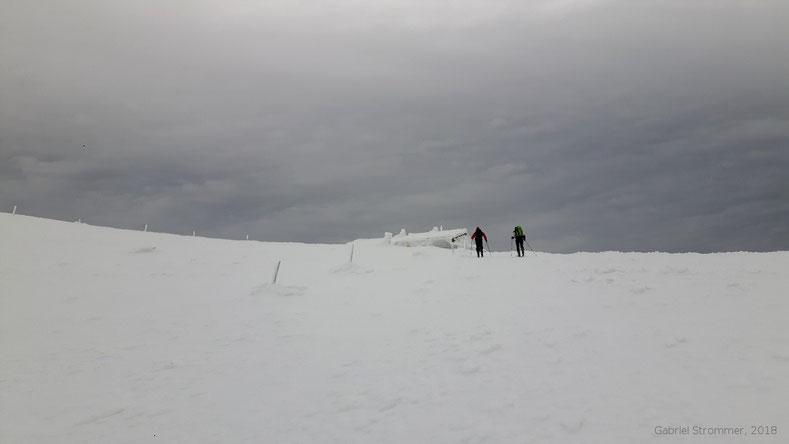Die Fischerhütte (2048 m) unterhalb des Kaisersteins im Winter