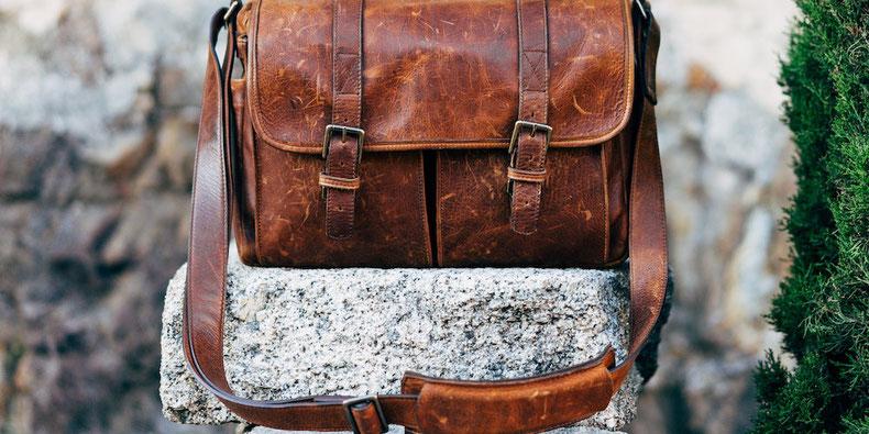 40 minimalist travel quotes