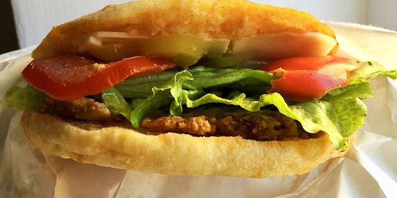 vegan cheeseburger fast food vege fino zagreb croatia