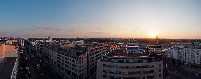 City-Carré Magdeburg im Sonnenuntergang