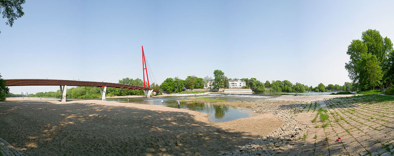 Fußgängerbrücke Alte Elbe Magdeburg Rotehornpark