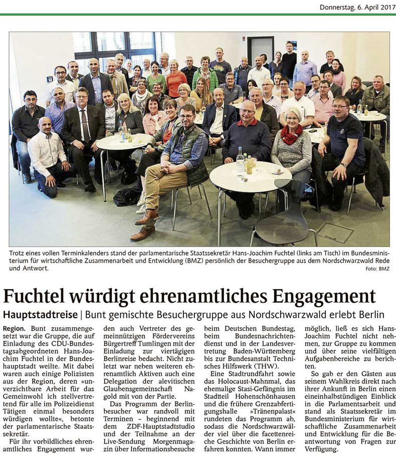 Bürgertreff Tumlingen im Bundestag mit dem Parlamentarischen Staatssekretär Hans-Joachim Fuchtel.