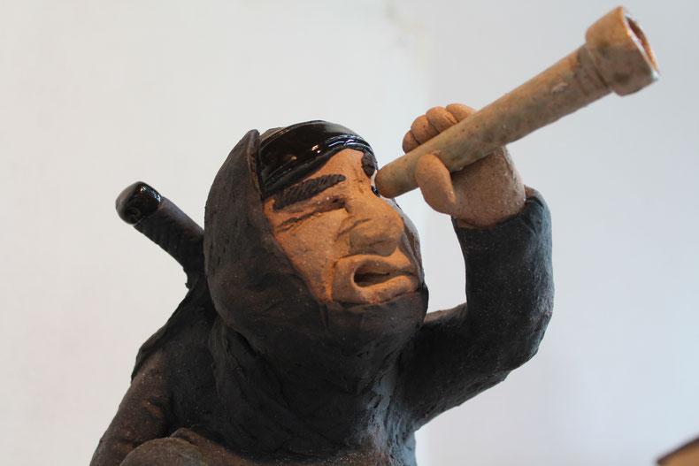 伊賀忍者服部半蔵、ドローンにのり大阪城偵察