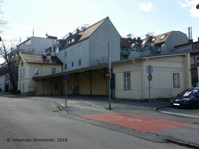 Straßenbahnlinie 360: Endstation Mödling, Blick Richtung Südwest