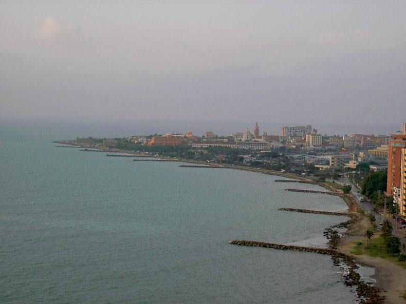 Cartagenas Altstadt von Bocagrande aus