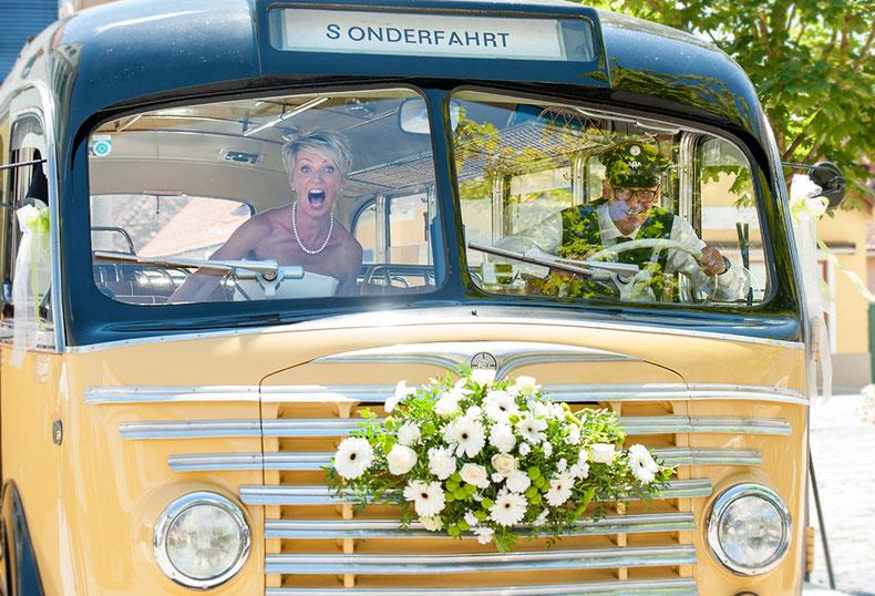 Hochzeit, Hochzeitsfotograf, natürliche Hochzeitsportraits, Hochzeitsbilder, Fotobuch, Hochzeitsfotos, Hochzeitsfotografie Steiermark, Brautpaar, Brautfoto, Wedding
