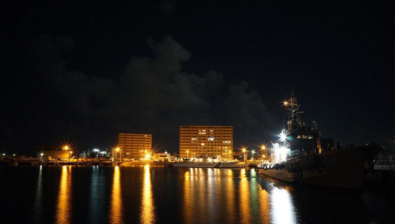 沖縄のミリタリー風コスプレキャバクラ「CAMP META-CAT」定休日