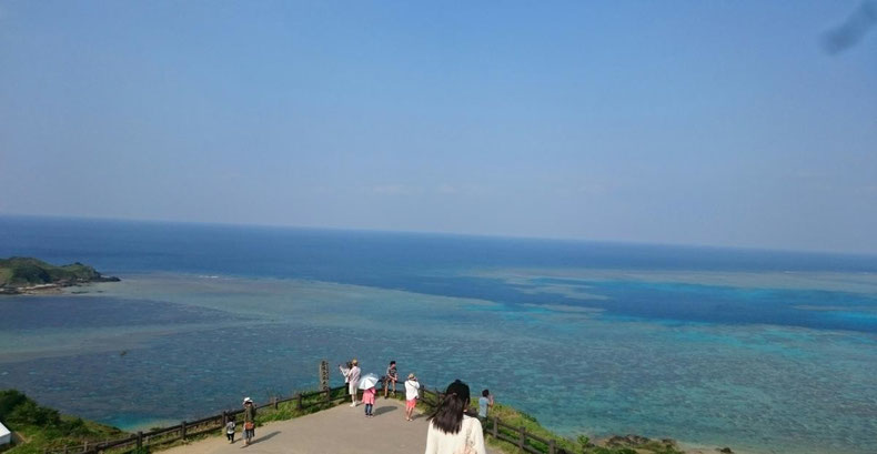沖縄 キャバクラ