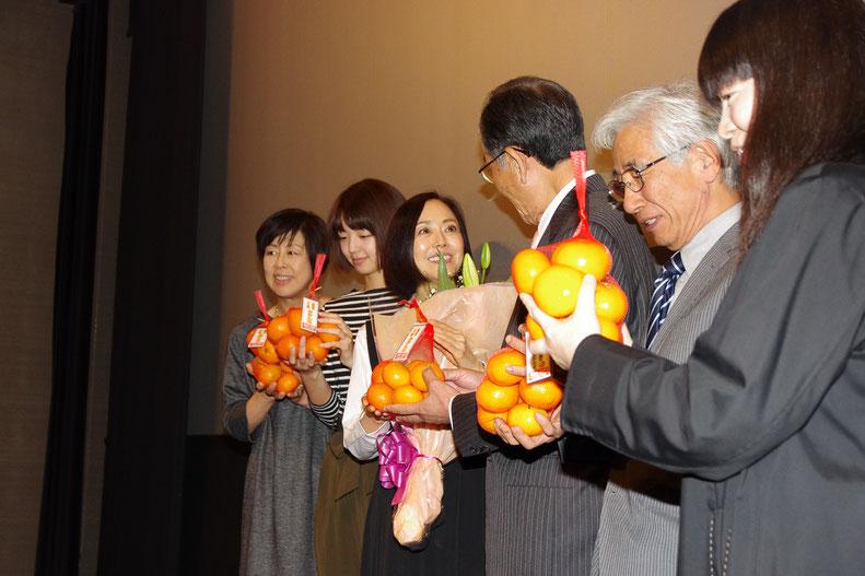 桐原さん 秋月さん 熊谷さん 花輪町長 リーマンさん 島監督
