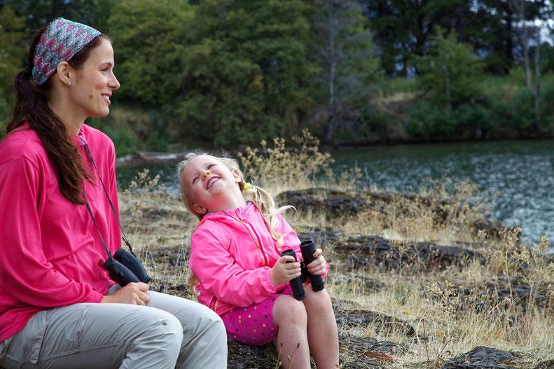 Mutter und Tochter ganz entspannt zusammen: Dafür ist im Familienalltag leider oftmals nicht die Zeit. Foto: Pixabay