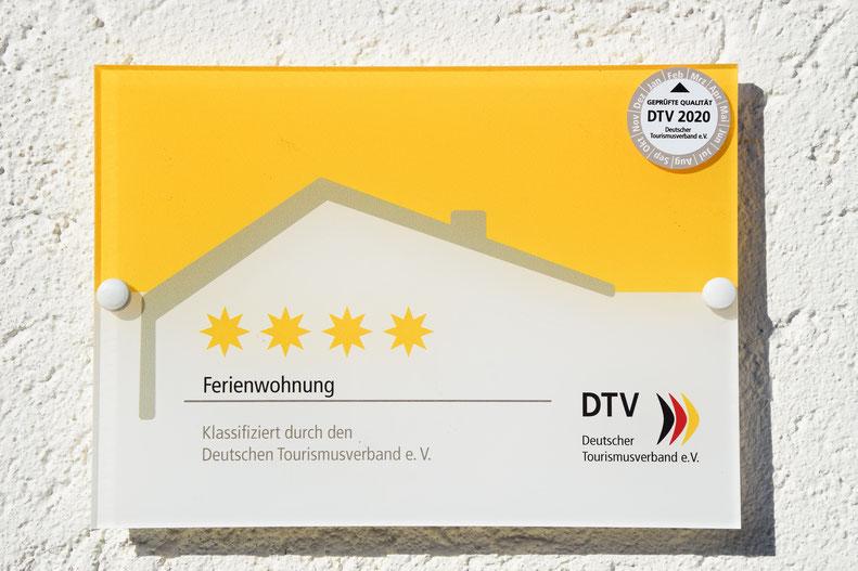 Schild Deutscher Tourismusverband 4 Sterne Ferienwohnung