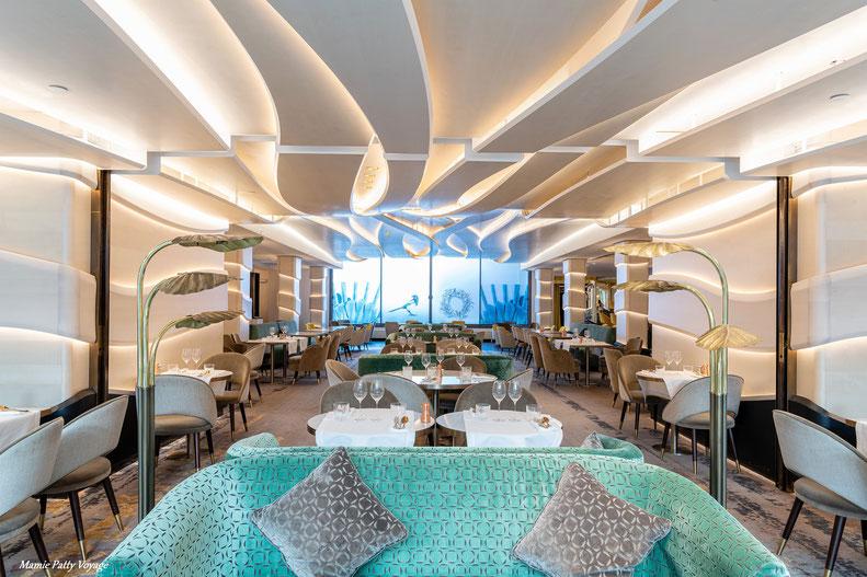 """Restaurant """"Le Collectionneur"""", Paris"""