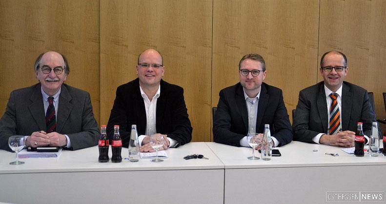 Rainer-Hans Vollmüller (Bürgermeister Lauterbach), Olaf Dahlmann (Bürgermeister Wartenberg), Jens Mischak (Erster Kreisbeigeordneter Vogelsbergkreis), MdB Michael Brand.