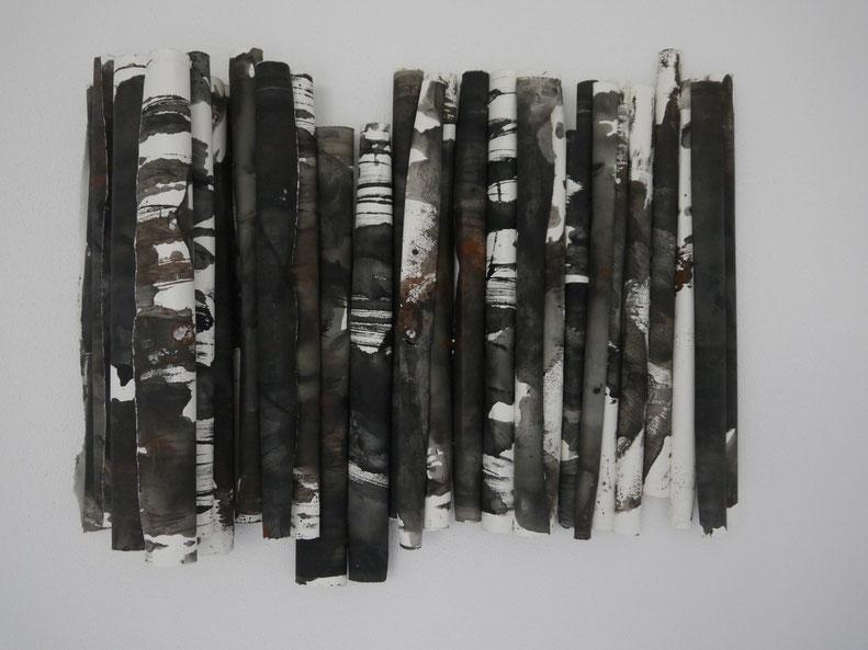 Schichtung, Acryl auf Papier, 75 x 98 x 16 cm