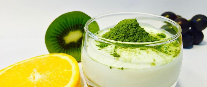 De la poudre de Moringa avec des ingrédients naturels et sains