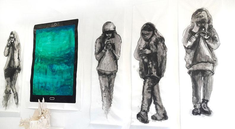 Katrin Leitner, Atelieransicht, Zeichnung, tuscheaqarelle, rießen tablet, i-Pad, People with smartphone, art, Kunst