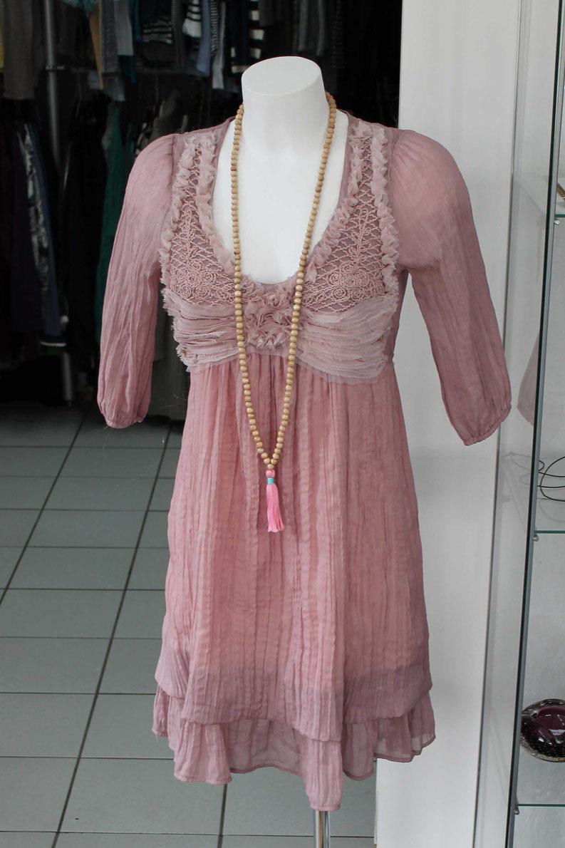 Second-Hand: Verspieltes Sommerkleid mit dekorativem Spitzenbesatz