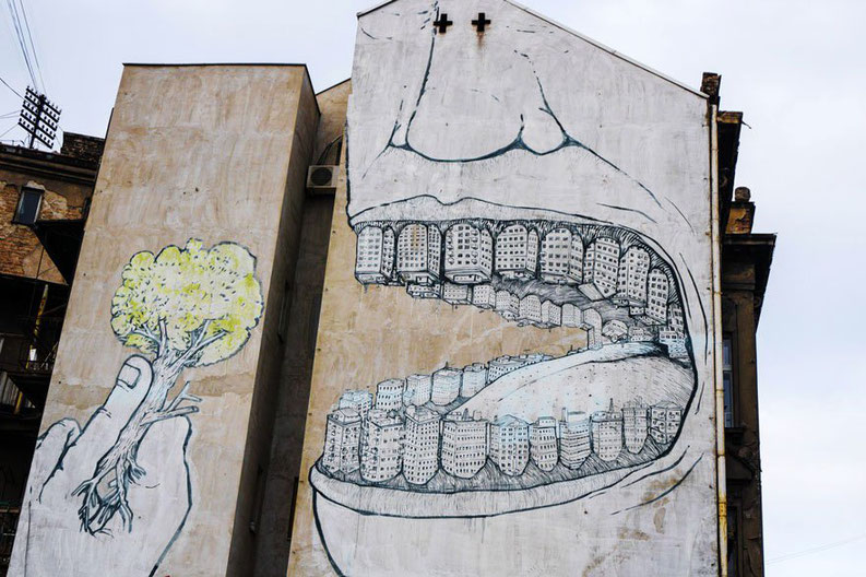 street-art-blu-deforestation-oeuvre-engage.jpg