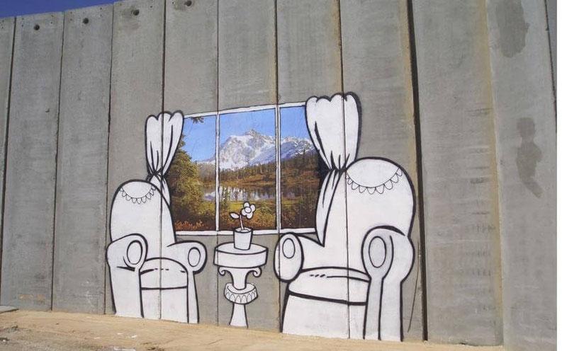 banksy-ironie-street-art-mur-israel-palestine.jpg