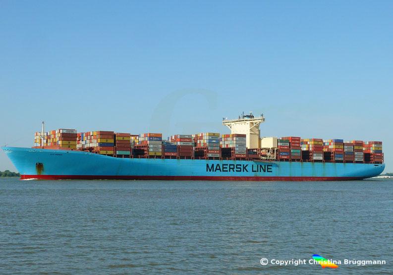 """Containerschiff """"ELLY MAERSK"""" nach Umbau am 07.08.2018 auf der Elbe"""