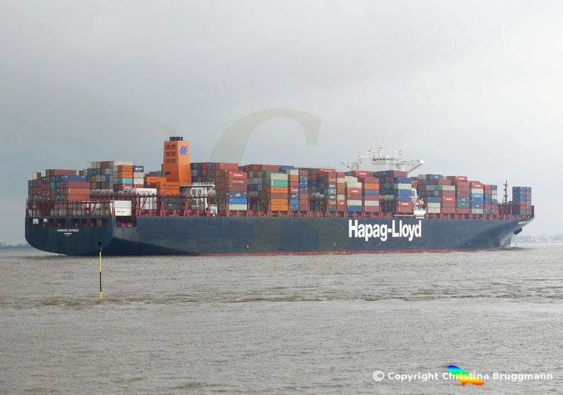 """Containerschiff """"HAMBURG EXPRESS"""" auf der Elbe  29.03.2017"""