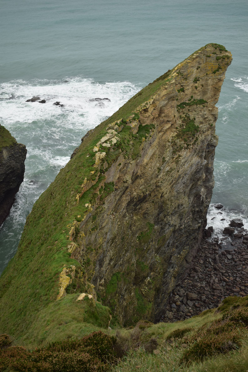 Cornwall Coast Path, cliffs near Portreath