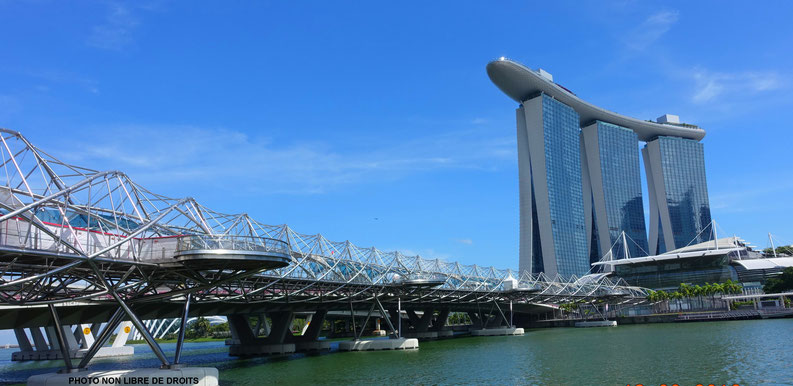 Hélix Bridge, Singapour
