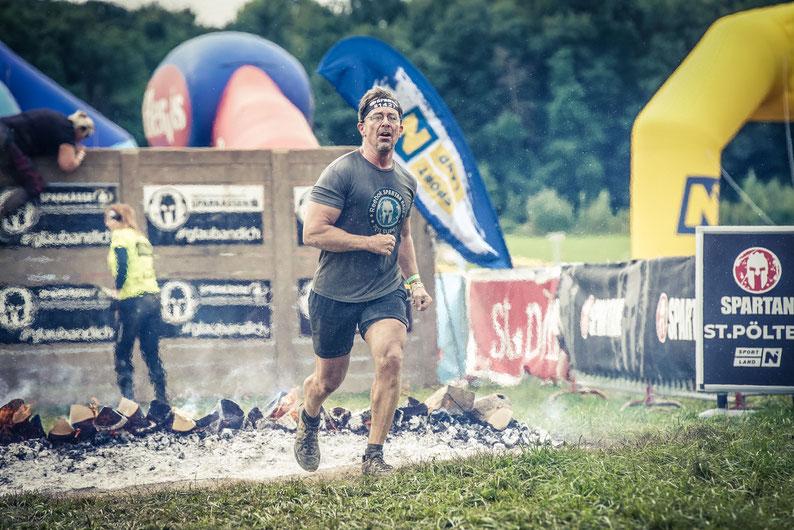 Bei einem Spartan Race cool auszusehen, gelingt sehr selten. Mir sogar nie. Nicht einmal beim Zieleinlauf. Aber das ist ja auch nicht der Zweck.