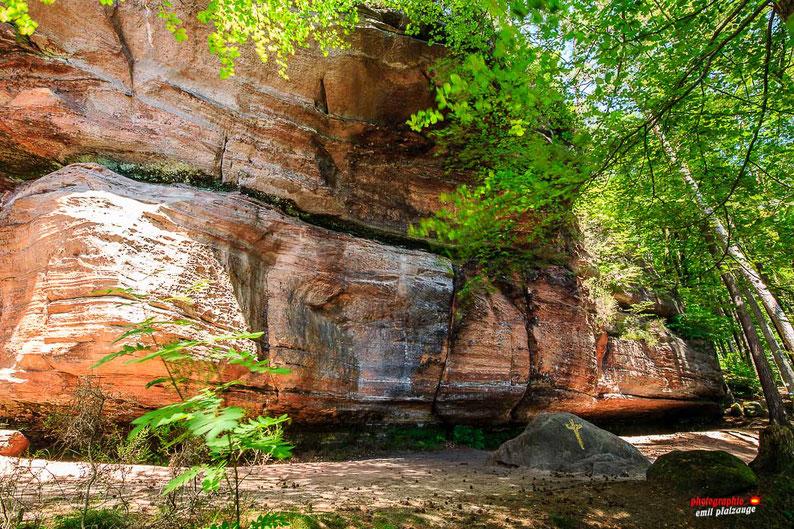 Saufelsen direkt am Felsenwanderweg