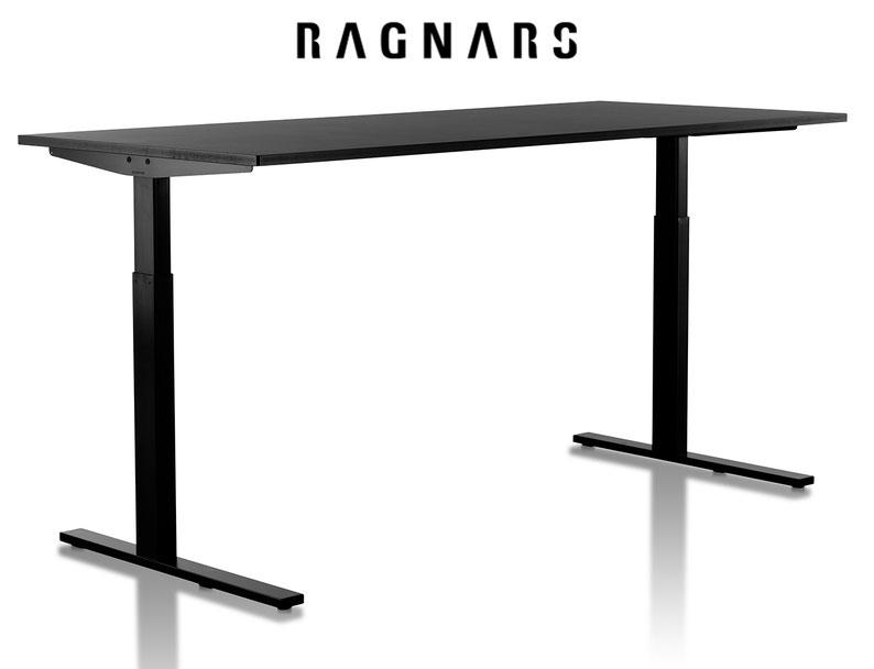 Designer Schreibtisch schwarz-weiß höhenverstellbar freigestellt vor weißem Hintergrund