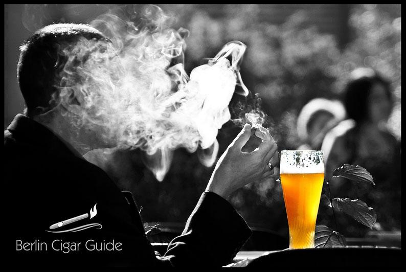 Zigarre und Bier von Berlin Cigar Guide in Sommers Lounge