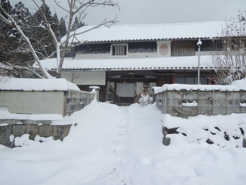 2018年12月29日積雪、千屋アウトドアハウス前