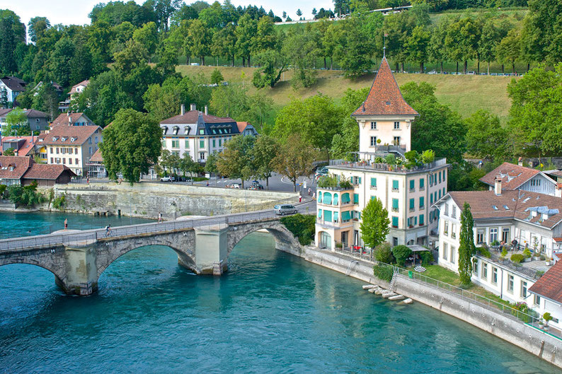 10 Stunning Places to Visit in Switzerland - Berne
