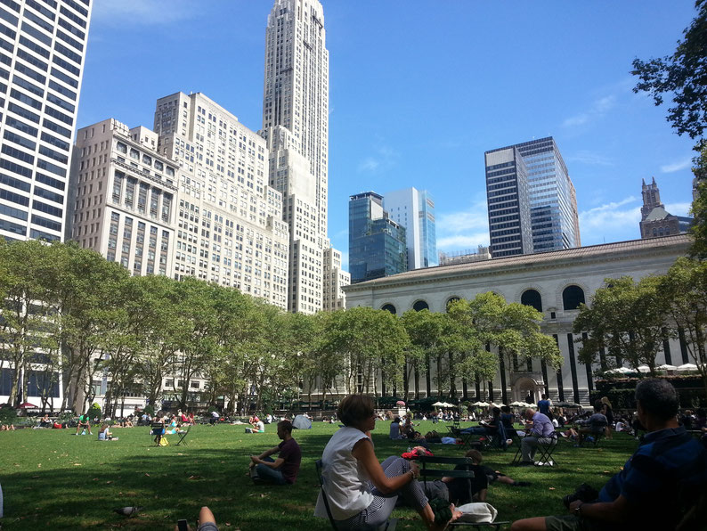 Relaxing at Bryant Park (yoga classes), New York