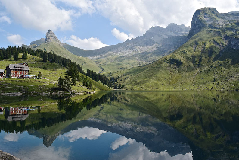 The most beautiful lakes in Switzerland - Bannalpsee