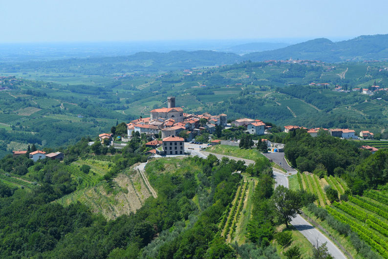9 Places to See in Slovenia - Goriska Brda