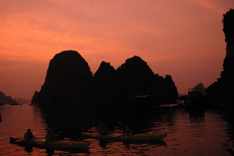 How to spend 14 days in Vietnam - Halong Bay
