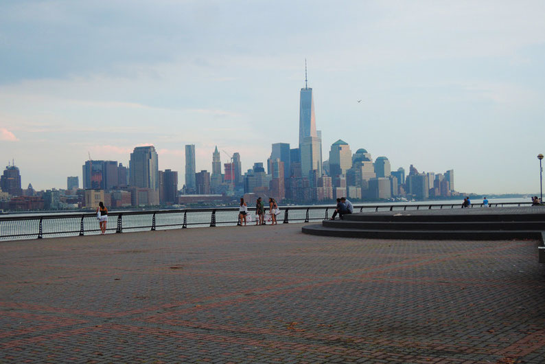 9 Spots to Enjoy the NYC Skyline - Hoboken