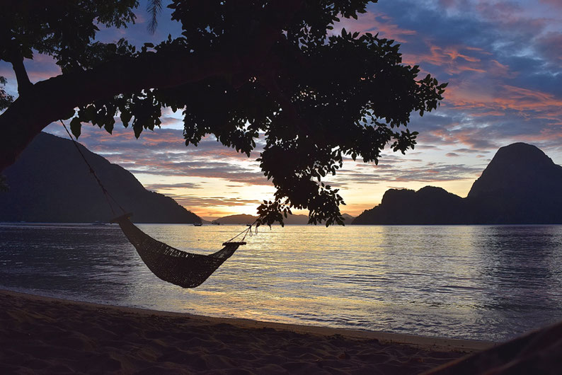 Quiet Place Away From El Nido - Magical Sunsets