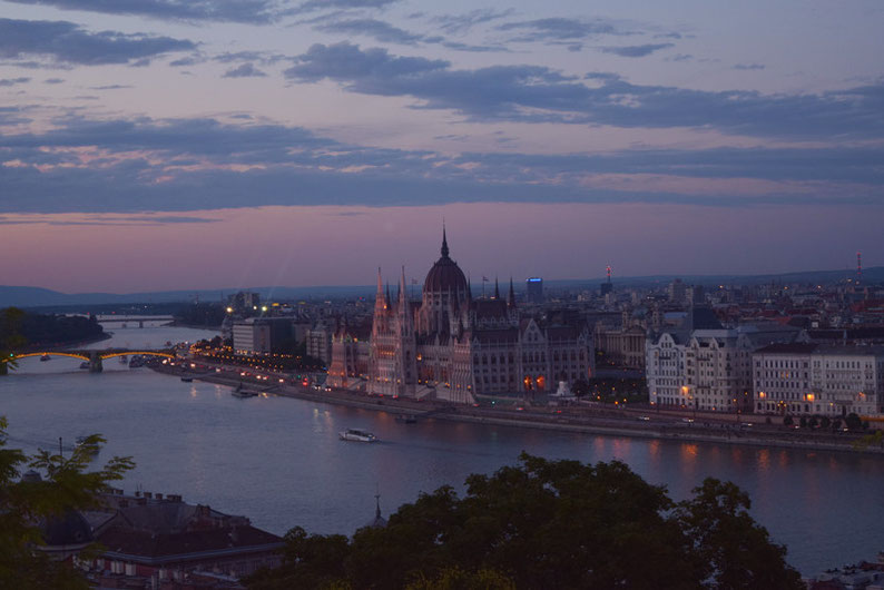 Budapest on a Weekend - The sunset stroll