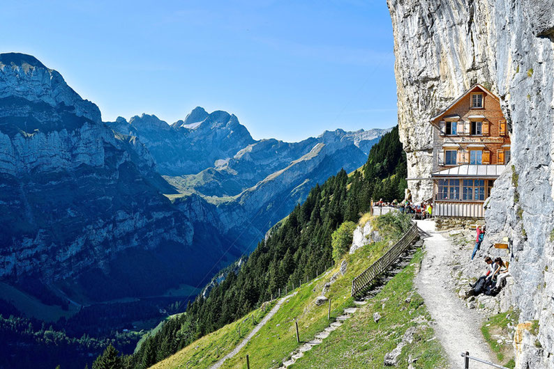 10 Stunning Places to Visit in Switzerland - Aescher