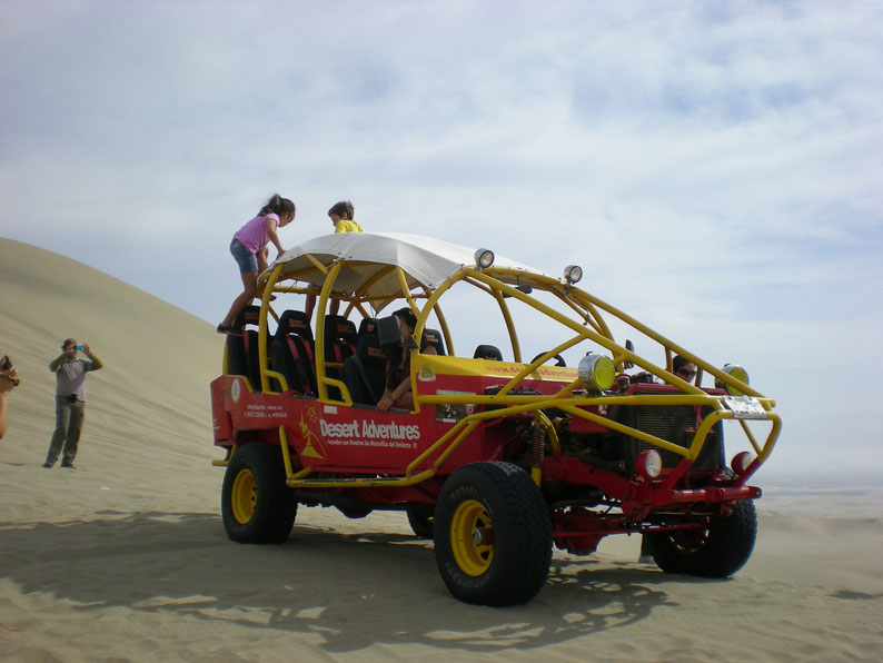 Peru and Bolivia in 3 weeks - Buggy ride, Huacachina