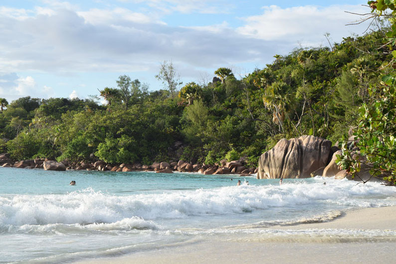 Our trip to the beautiful Seychelles islands - Crazy Anse Lazio beach at Praslin