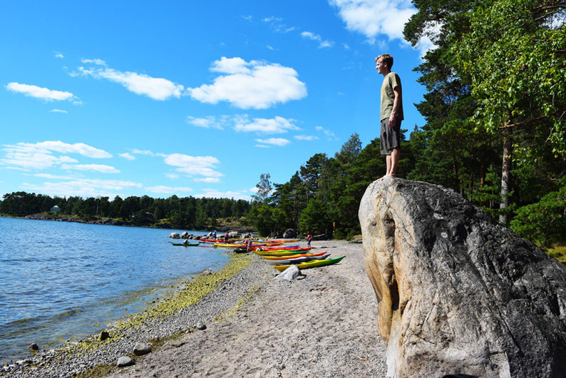 Kayaking in Finland - Jerry and his stone