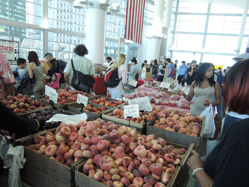 Farmers' market at Staten Island ferry station